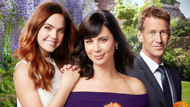 HALLMARK CHANNEL CONTINUES THE MAGIC AND ORDERS SEASON FIVE OF ITS HIT, ORIGINAL, PRIMETIME SERIES 'GOOD WITCH'