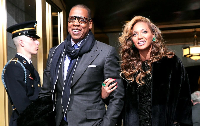 Les couples légendaires de la musique américaine - <p>                                                   Gloire, argent, célébrité mais aussi drames et excès : bienvenue dans le quotidien des couples stars de la musique ! </p>