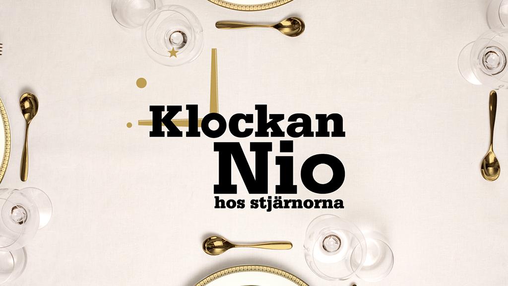 """Klockan 9 hos stjärnorna - <p>  <span style=""""background-color: initial;""""></span> </p> <p>                                                                                    Svenskt matlagningsprogram från 2011. Här sätts fyra kända svenskars matlagningskonster och sociala färdigheter på prov. </p>"""