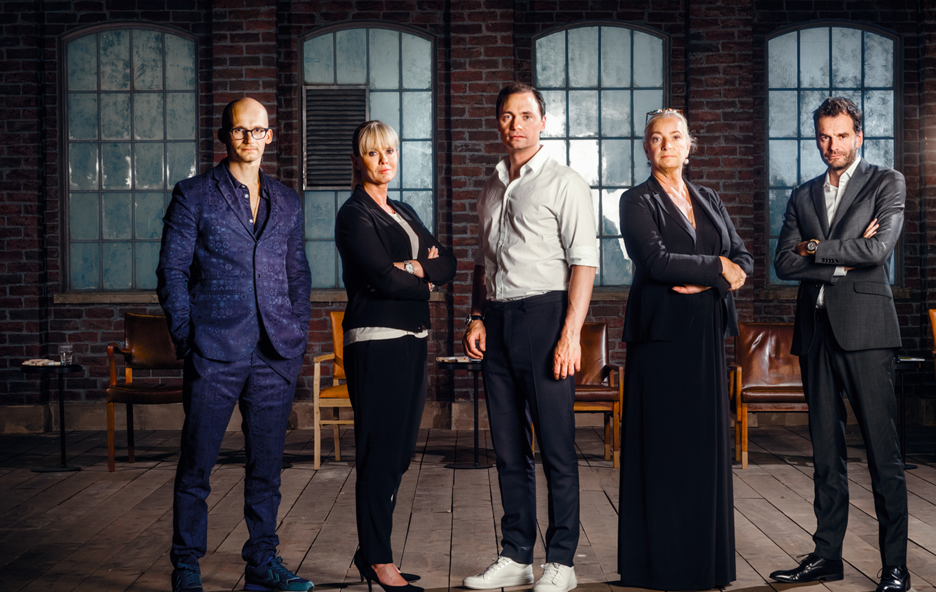 Lion's Den - <p>